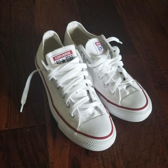 91c7daa90cbdeb Converse Shoes - Women s white low top converse size 7
